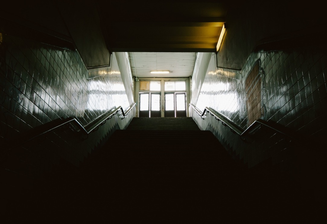 stairwell-691820_1920.jpg