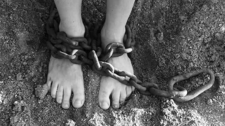 chains-19176_1920.jpg
