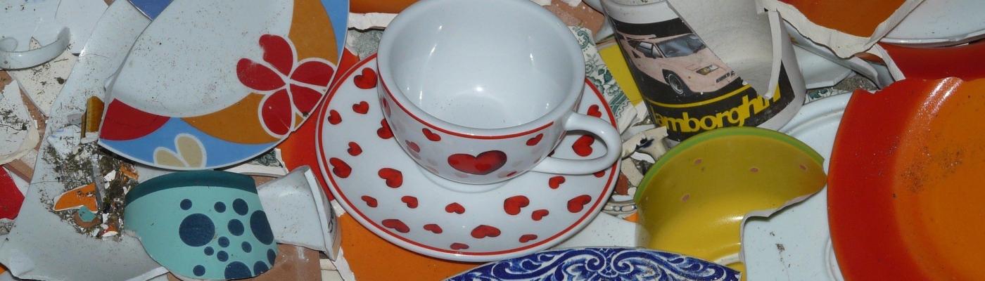 broken plates, heart, broken tea cups, tea cups, empowerment, broken, strength,